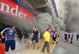 Incendiu în boxa celor de la McLaren în timpul testelor de laBarcelona