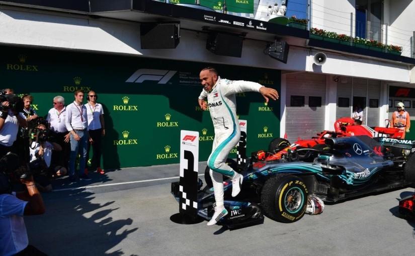 Lewis Hamilton s-a impus în Marele Premiu al Mexicului, după o cursăexcelentă